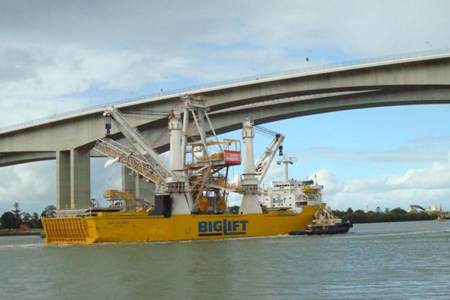 Coal shiploader